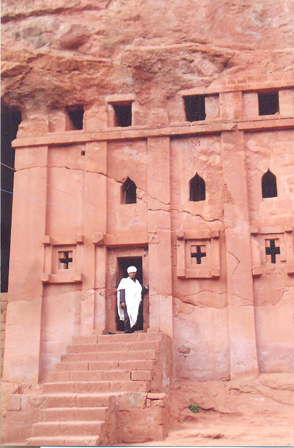 The kings of the Zagwe dynasty (900-1270)  who is reputed to have ordered the construction of the monolithic rock-hewn churches in the northern Ethiopian city Lalibela. Abba Libanos is unique amongst the churches of Lalibela in that it is the only structure that is not free-standing. Hewn from a hillside, the roof has not been separated from the surrounding rock. According to legend constructed in just one night by angels. Ethiopia – Lalibela, Abba Libanos.