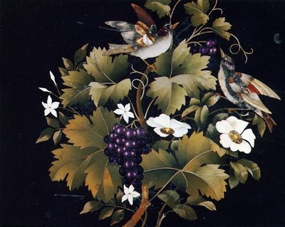 Dolmabahçe Sarayı'nın Mabeyn-i Hümayûn kısmında bulunan masa tablası. 19. yüzyıl yapımı Floransa mozaiği. punto-punto.blogspot.com
