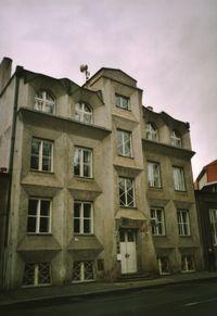 Prag'da Kübist bir ev.
