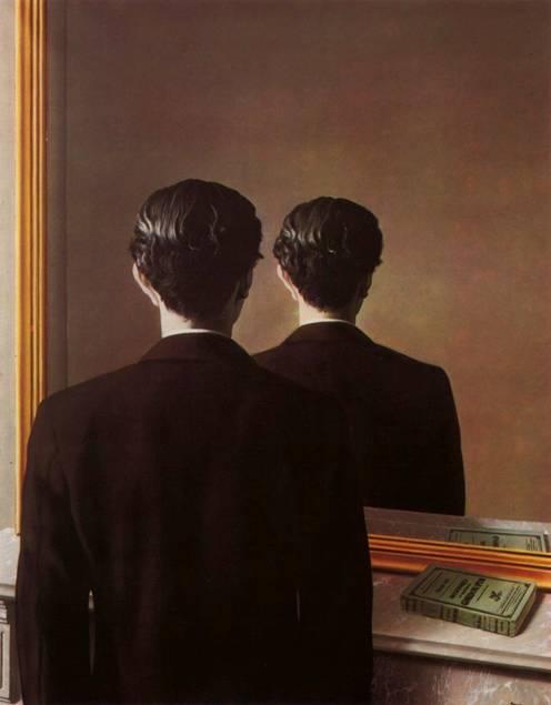 Not to be reproduced (1937) adlı tabloda Magritte, kimlik kaybı, insanların kişiliksiz oluşu üzerine çalışmış. Genç bir adam aynaya bakıyor, aynada yüzü değil, yine sırtı görülüyor. Oysa kitabın aynadaki yansıması normal. Fotoğraf www.wikipaintings.org.