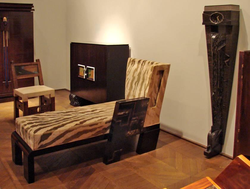 Paris'teki Uygulamalı Sanatlar Müzesi'nde Pierre Legrain (1889-1929) tasarımları.