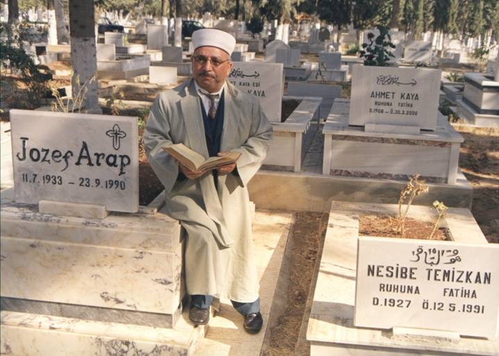 Turkey – Mersin, Mersin City Cemetery. Mersin City Cemetery, a place which for 63 years has given the lie to the issue of conflicting religions. In this cemetery Muslims, Orthodox, Syrian Christians, Catholics and Jews are buried side by side. It is very rarely that we find those who are followers of any of these three religions being interred side-by-side. It is said that in Helsinki, Finland, there is a similar cemetery, but there the remains of members of different religions do not lie side by side but are buried in separate areas of the graveyard. This rare occurrence in Mersin is a great asset for the city, whose citizens accept the communal graveyard as entirely natural. This cemetery brings together not only the members of the three major religions but also the sects of Christianity. It sends out a common message from all three religions. It is a symbol of peace. When these people have lived together, used the same coffee houses, dined in the same restaurants and shared the same pastures, burying them in separate cemeteries would have been unfair.