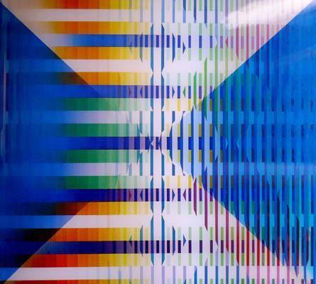 Op ve Kinetik Sanat ürünleri veren bir diğer sanatçı da İsrailli Yaacov Agam'dır (1928). Agam, 1953 yılında Paris'te seyircinin aktif katılımını gerektiren ilk Değişebilir'ini (Transformable) yapmıştır. Daha sonra farklı renkte çubuklardan oluşan, seyircinin yer değiştirmesiyle kromatik düzenleri değişen tasarımlar geliştirmiştir. Ses alanında da çalışmaları olan sanatçı, bazı yapıtlarında renk titreşimleriyle uygun düşen ses gamlarını birlikte kullanmıştır. Fotoğraf:www.kinetica-artfair.com