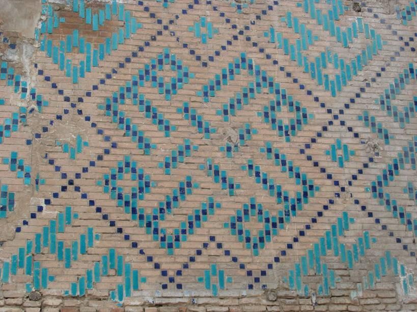 2005 yılında Fest ile yaptığım Türkmenistan, Özbekistan ve Türkistan (Kazakistan) gezisinde rehberimiz sevgili Yıldırım Büktel idi. Merak ettiğim ülkeler olmasına rağmen bu kadar beğeneceğimi, bu kadar çok şey öğreneceğimi de beklemiyordum. Harika bir gezi idi. Bu gezinin Özbekistan kısmını sizlerle paylaşacağım. Ancak Özbekistan'da gördüğümüz yerleri,  Hiva, Buhara, Şehr-i Sebz, Semerkand ve Taşkent'i paylaşmadan önce, bazı temel noktaları anlatacağım.