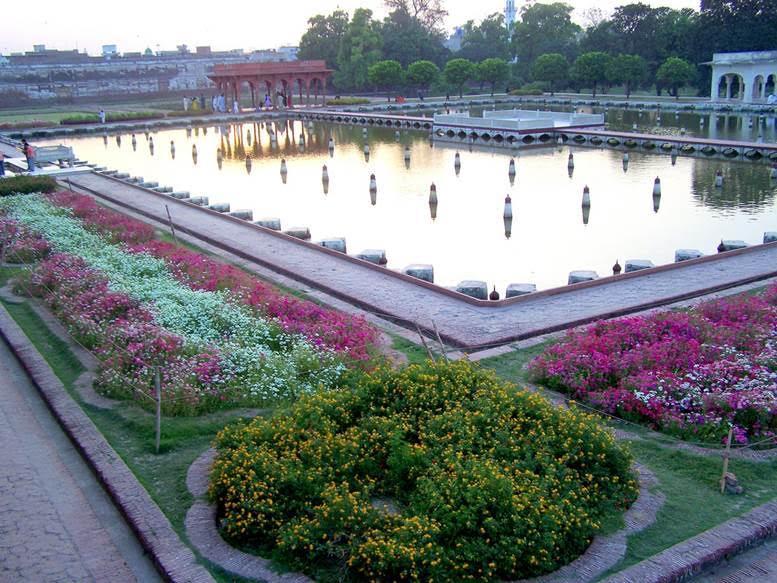 Pakistan'ın Lahor şehrindeki Şalimar Bahçeleri ve Lahor Kalesi UNESCO Dünya Mirası Listesindedir. Fotoğraf:pakistanpaedia.com