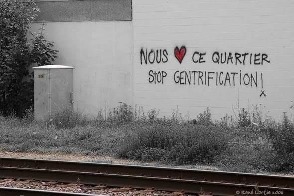 Soylulaştırma projeleri bazen çok tartışma yaratıyor. İstanbul'da Sulukule'de olduğu gibi. Fotoğraf:tetragunluk.wordpress.com