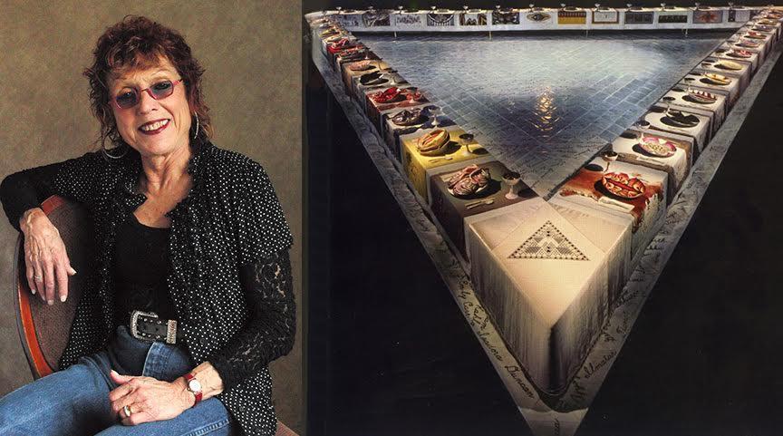 The Dinner Party, Judy Chicago, 1979. 1979 tarihli Yemek Daveti adlı enstalasyon, ilk epik Feminist Sanat ürünü olarak kabul edilmektedir. Batı kültürünün 39 ünlü kadınının bu üçgen masada yeri vardır. Virginia Woolf, Bizans İmparatoriçesi Theodora gibi. Sofradaki her tabak el boyaması Çin porselenidir ve tüm peçeteler ile runner'lar nakışlıdır. Her tabakta vajinayı andıran bir taraf vardır. Masanın durduğu zemin üçgen seramiklerle kaplıdır ve her birinin üzerinde tarihte iz bırakmış 999 kadının adı vardır. Eserin yapımı çok sayıda kadın sanatçının katılımıyla 1974-1979 yıllarında devam etmiştir. Eser, çıktığı dünya turnesinde 15 milyon kişi tarafından izlenmiştir. 2007 yılından bu yana New York'ta Brooklyn Feminist Sanat Müzesi'nde sergilenmektedir. Ahşap, seramik, kumaş, metal, boya ile üretilmiş Yemek Daveti, kadın hareketine adanmış bir tür simgesel anıttır. Fotoğraf: saci-art.com