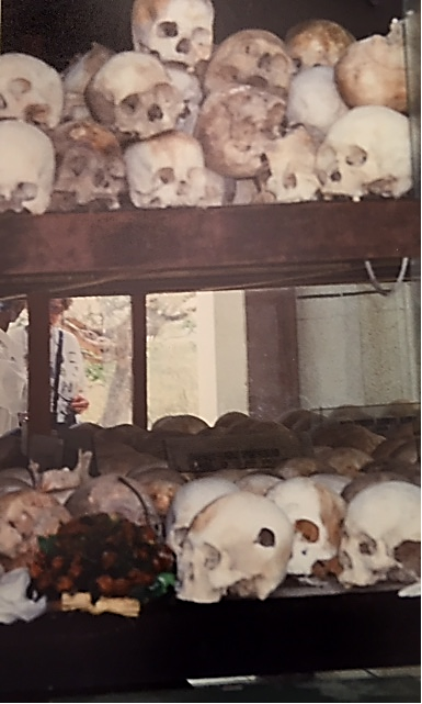 Pol Pot rejiminin Ölüm Tarlaları, Choeung Ek, Kamboçya. Fotoğraf: Füsun Kavrakoğlu