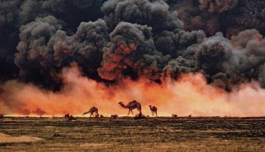 1991 yılında Körfez Savaşı sırasında Steve McCurry'nin çektiği fotoğraf. Fotoğraf:haberdokuz.com
