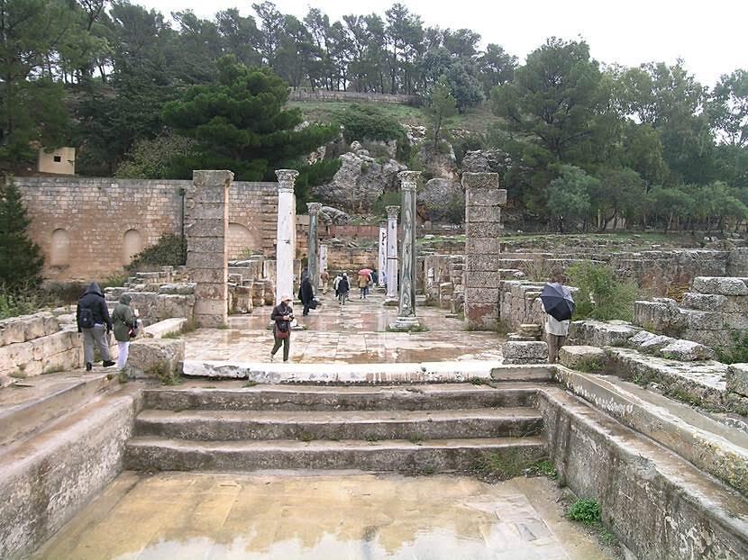 Cyrene'deki hamam. Fotoğraf: Füsun Kavrakoğlu