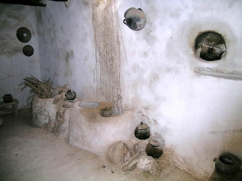 Mutfaklar da çatıda. Fotoğraf: Füsun Kavrakoğlu