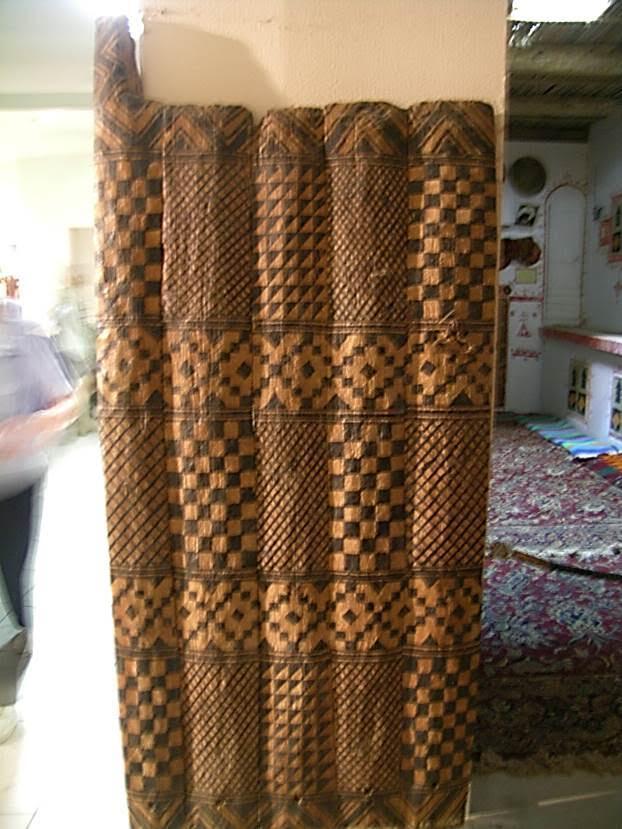 Cemahiriye Müzesi'nde Gıdamis evlerinden birine ait palmiye ağacından yapılma bir ev kapısı da sergileniyordu. Fotoğraf: Füsun Kavrakoğlu