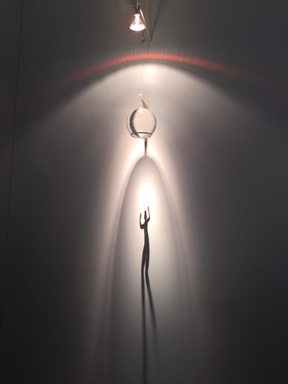 İstanbul'da 2015 yılında ArtInternational'da sergilenen Fabrizio Corneli'nin eseri. Fotoğraf: Füsun Kavrakoğlu