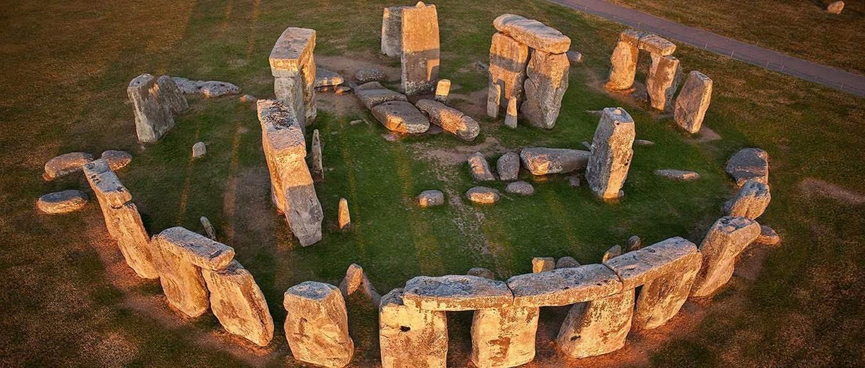 Stonehenge adı eski İngilizcede asılı taşlar anlamına gelir. Amesbury, Salisbury, İngiltere. Fotoğraf:english-heritage.org.uk