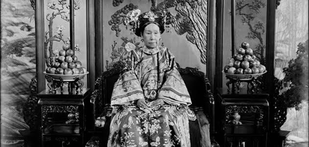 1861'de, kocası İmparator Xianfeng'in ölümünün ardından Çin'in yönetimi İmparatoriçe Cixi'ye geçti. Cixi, 47 yıllık saltanatı boyunca acımasız bir hükümdar olduğunu gösterdi. Fotoğraf: Filoji.com