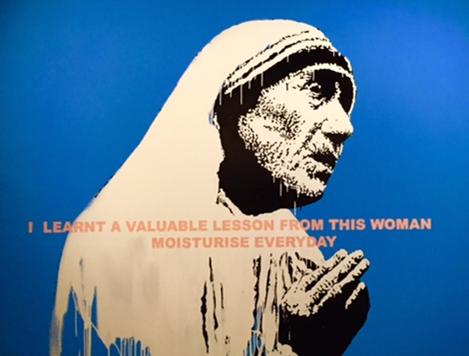 Mother Theresa, Banksy, 2006. Global Karaköy sergisi, 2016. Fotoğraf: Füsun Kavrakoğlu