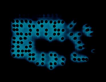 Radyoaktif Atık İşleme ve Depolama Tesisi,  Taryn Simon, 2005/2007. Yapıtları 54. Venedik Bienali'nde (2011) yer alan ABD'li sanatçı Taryn Simon'ın (1975-) fotoğrafları son derece detaylı, hatta Hipergerçekçi'dir. Yukarıdaki eserinde Washington Eyaleti'nin güneydoğusunda bulunan radyoaktif atık depolama tesisi içindeki, mavi ışık saçan, tüketilmiş yakıt içeren çubuklar görülmektedir. Sanatçı kamuoyundan saklanan nesneleri, yerleri ve olayları belgelemesi ile ünlüdür. Fotoğraf:tarynsimon.com