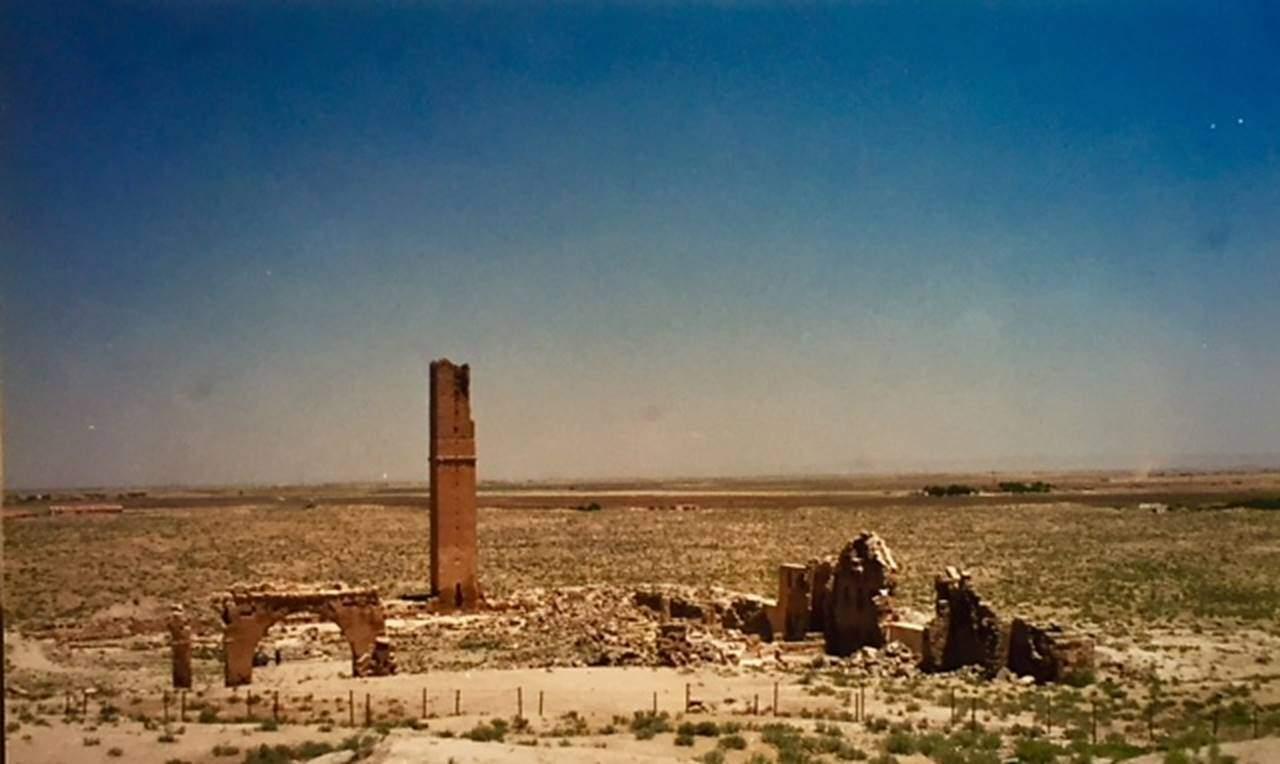 Ulu Cami, Harran, Şanlıurfa. Fotoğraf: Füsun Kavrakoğlu, 2000.