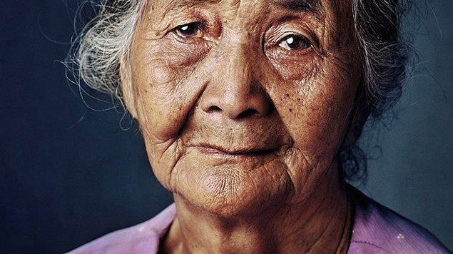 İkinci Dünya Savaşı sırasında seks kölesi olmuş ve hayatta kalmayı başarmış Güney Koreli bir Konfor Kadını. Fotoğraf: https://onedio.com