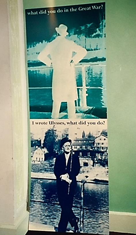 Dublin'de James Joyce Center'dan. Fotoğraf: Füsun Kavrakoğlu