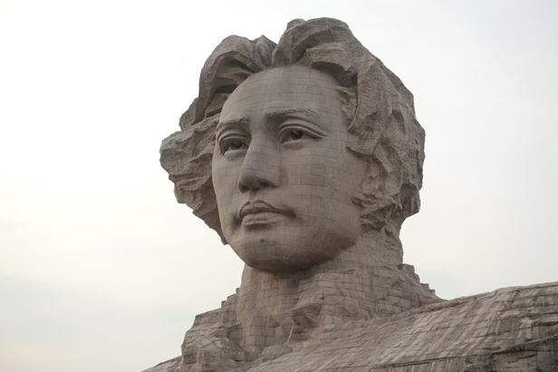 Mao heykeli, Changsha, Hunan Eyaleti, Çin Halk Cumhuriyeti. Fotoğraf: Füsun Kavrakoğlu, 2017.