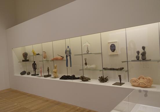 Tate Modern'de Louise Bourgeois eserlerinin sergisinden bir görünüm. Fotoğraf: Füsun Kavrakoğlu, 2017
